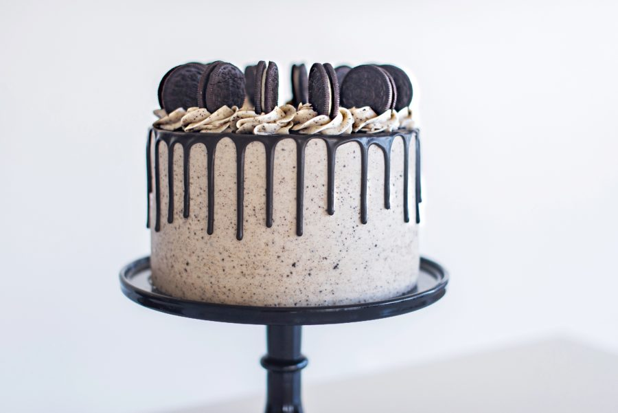The Best Ever Cookies and Cream Cake with chocolate cake layers, cookies and cream filling, Oreo buttercream and a chocolate drip. #cakebycourtney #cake #cakes #oreocake #cookiesandcreamcake #oreo