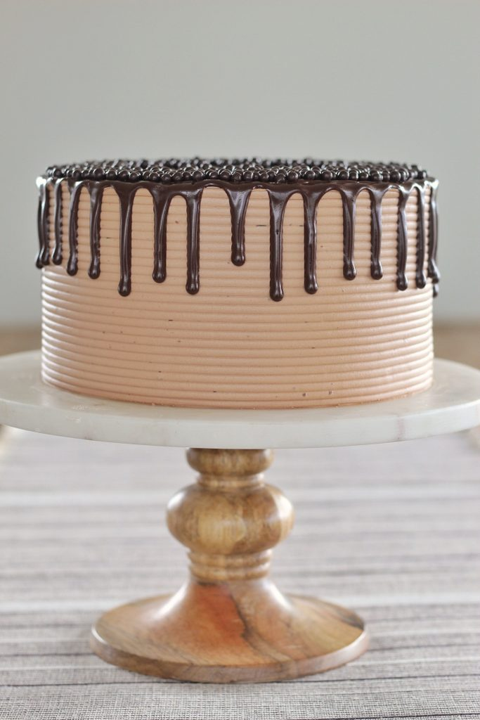the perfect chocolate buttercream frosting cakebycourtney.com