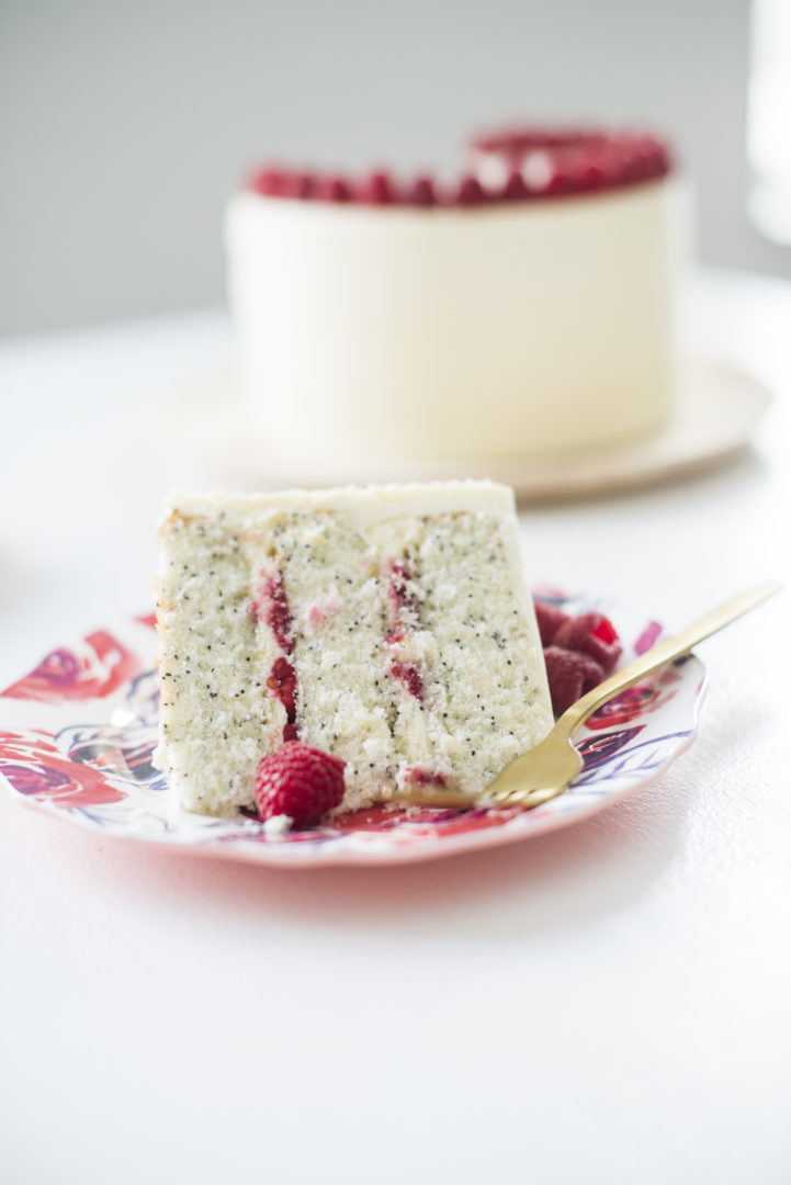 Poppy Seed Cake With Lemon Filling