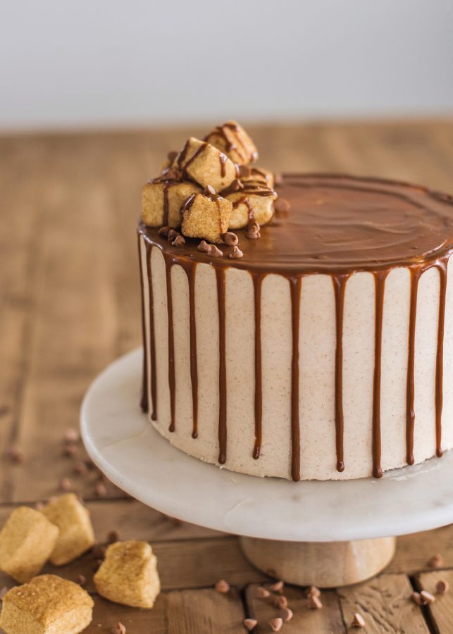 Churro Cake #cakebycourtey #churrocake #cinnamonsugarcake #churro  #cinnamonbuttercream #easychurrocake #bestchurrocake