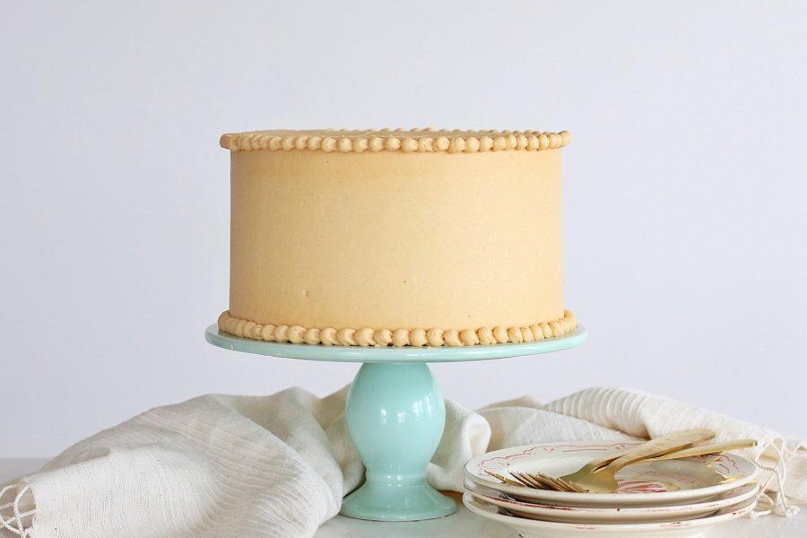 Peanut Butter Dream Cake #peanutbuttercake #cakebycourtney #peanutbutterfrosting #peanutbutter