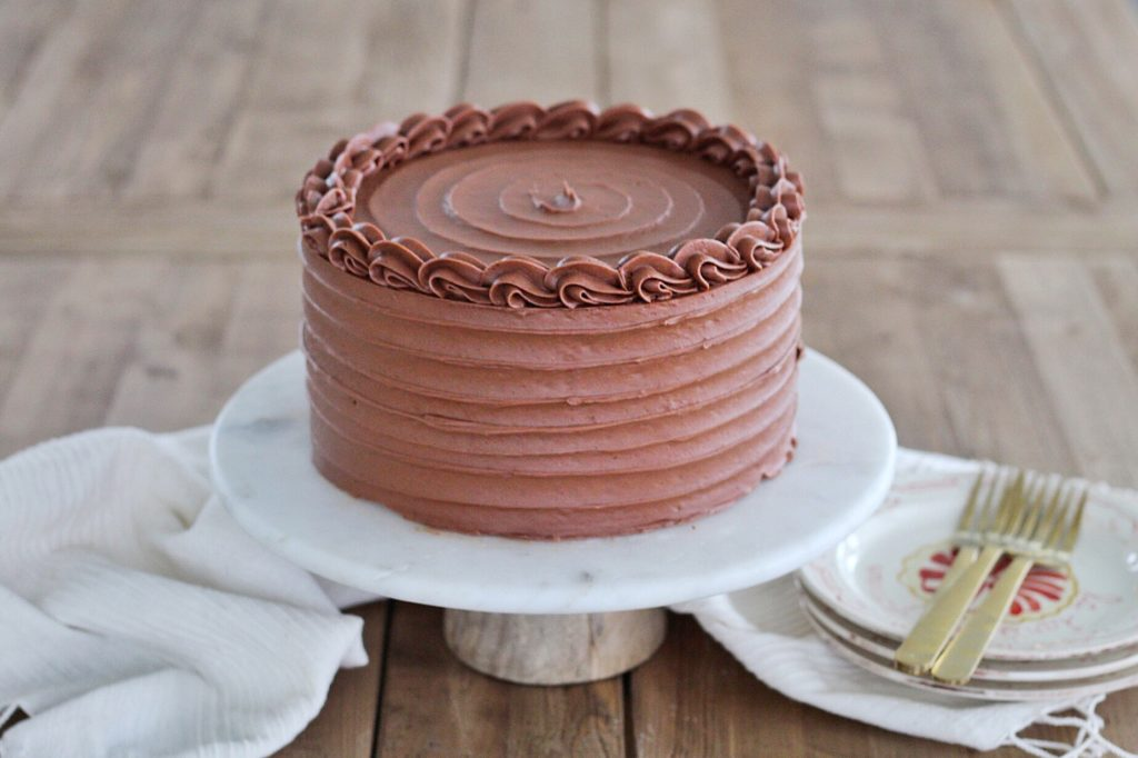Red Velvet Cake with Chocolate Sour Cream Frosting | Cake by Courtney