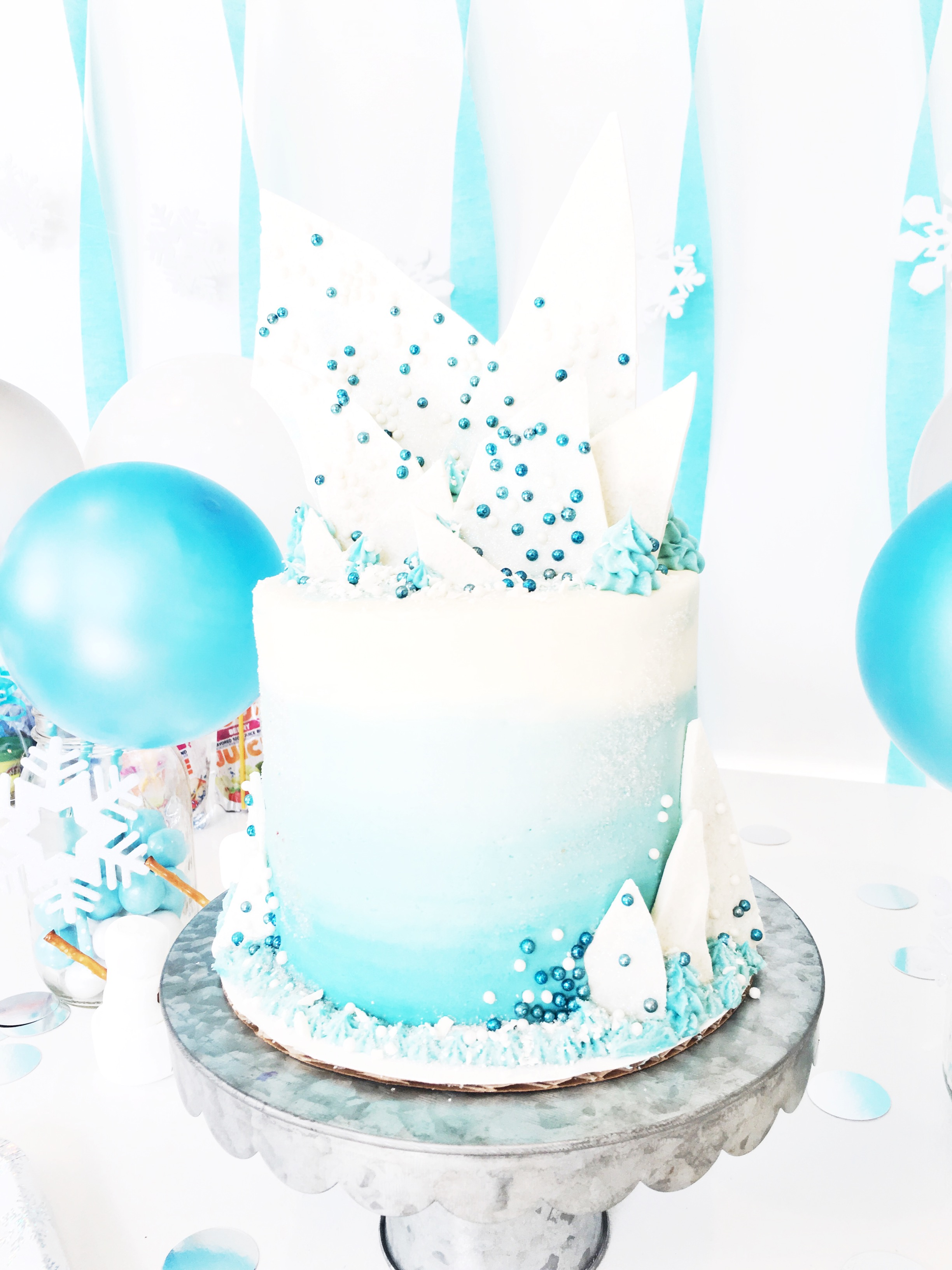 Averys Frozen Birthday Cake by Courtney