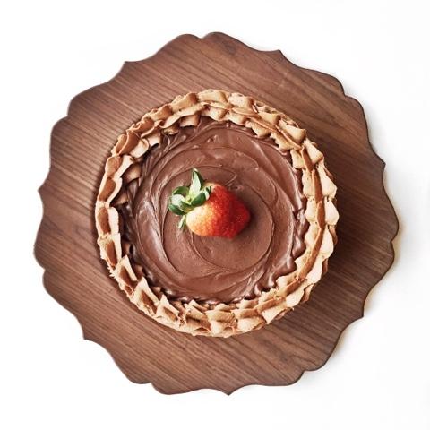 Chocolate Strawberry Nutella Cake | Cake by Courtney