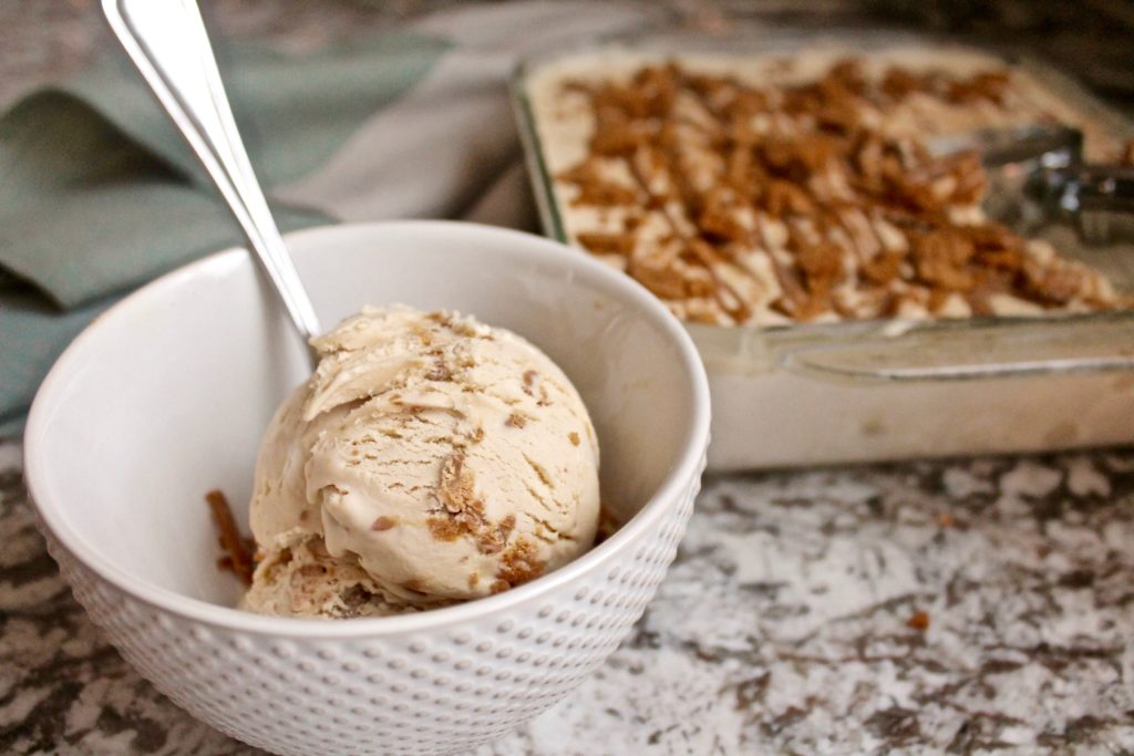 Biscoff Ice Cream | Cake by Courtney