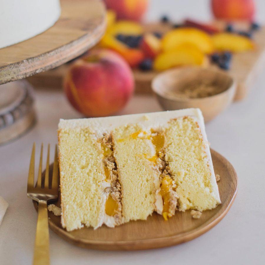 Peach Crisp Cake #cakebycourtney #peachcrispcake #peachcrisp #cake #easycake #cakerecipe #yellowcake #bestyellowcake #peach #desserts