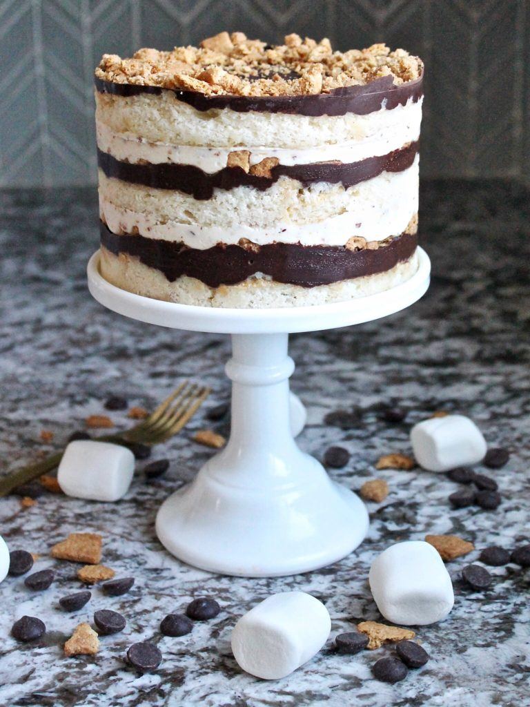 Marshmallow Moon Cake | Cake by Courtney