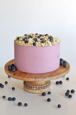 Blueberry Streusel Muffin Cake #cakebycourtney #cake #blueberrycake #muffincake #muffin #blueberrymuffins