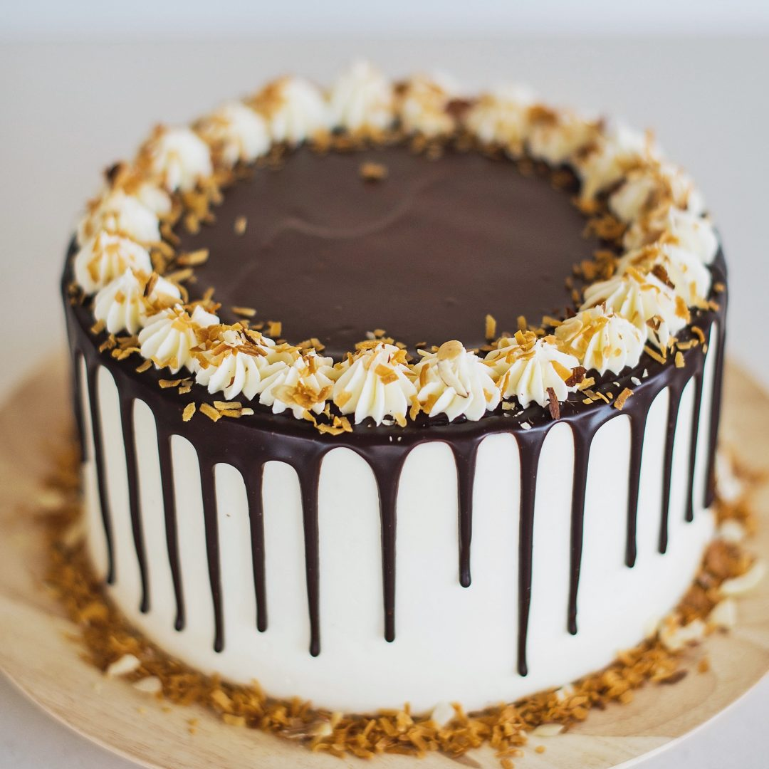 Cake By Courtney: Toasted Coconut And Almond Joy Cake