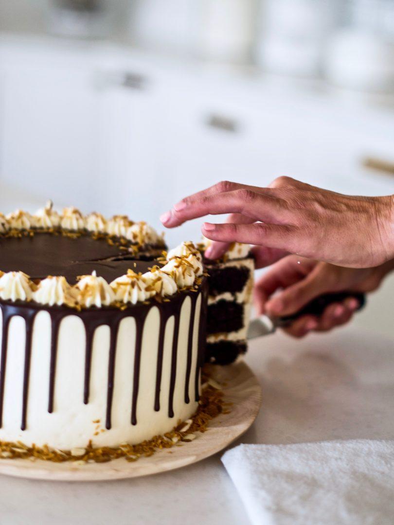 chocolate layered almond joy cake. cakebycourtney.com