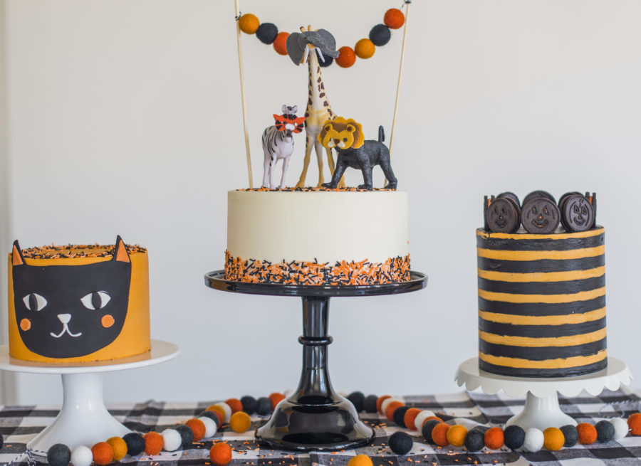 Black Cat Cake #cakebycourtney #halloweencake #easyhalloweencake