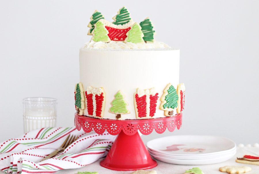 Santa's Milk and Cookies Cake #cakebycourtney #milkandcookiescake #santasmilkandcookiescake #christmascake #cake #holidaycake #sugarcookiecake