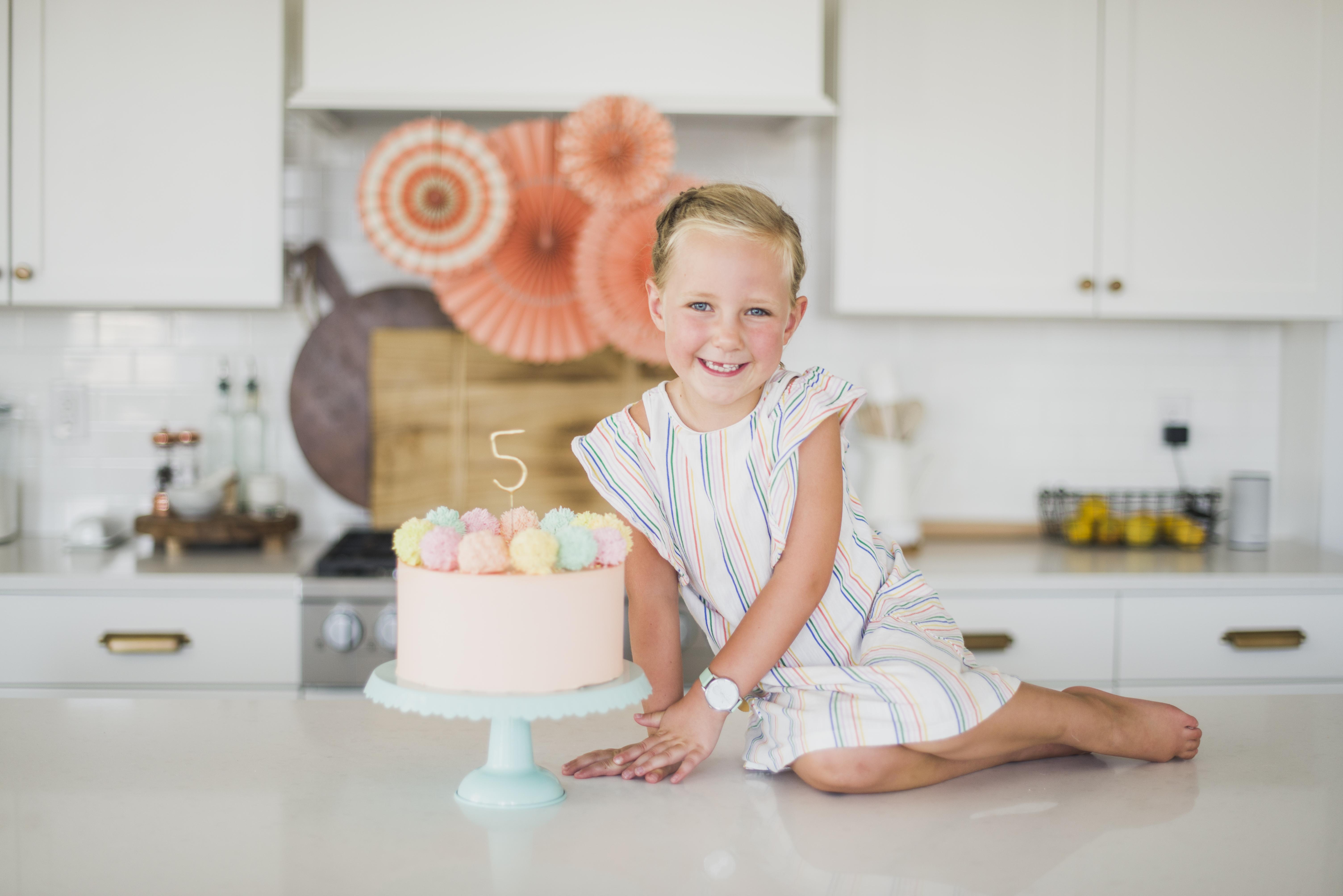 Pom pom cake #pompomcake #birthdaycake #birthdayidea