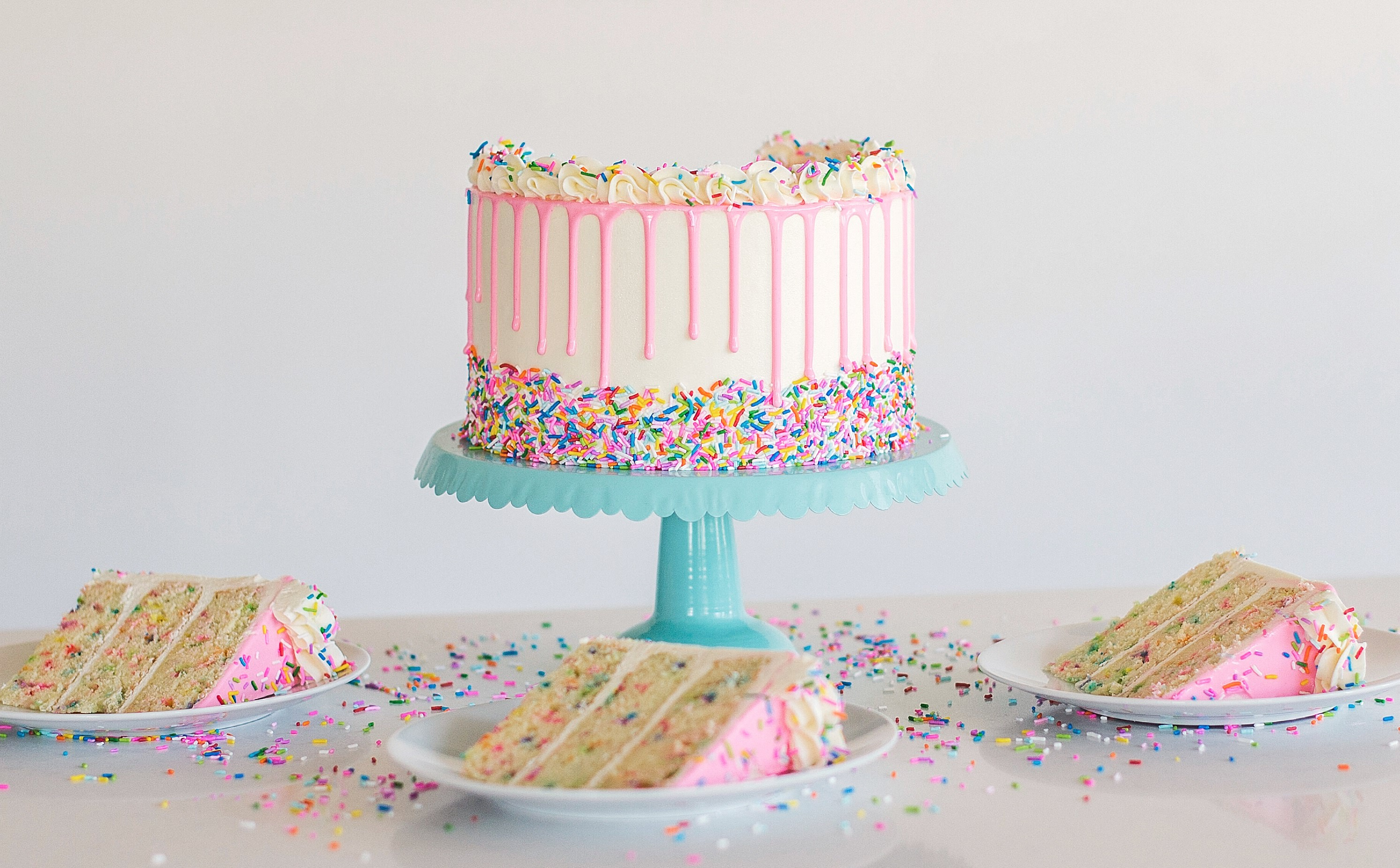 Swell Funfetti Birthday Cake Cake By Courtney Personalised Birthday Cards Veneteletsinfo