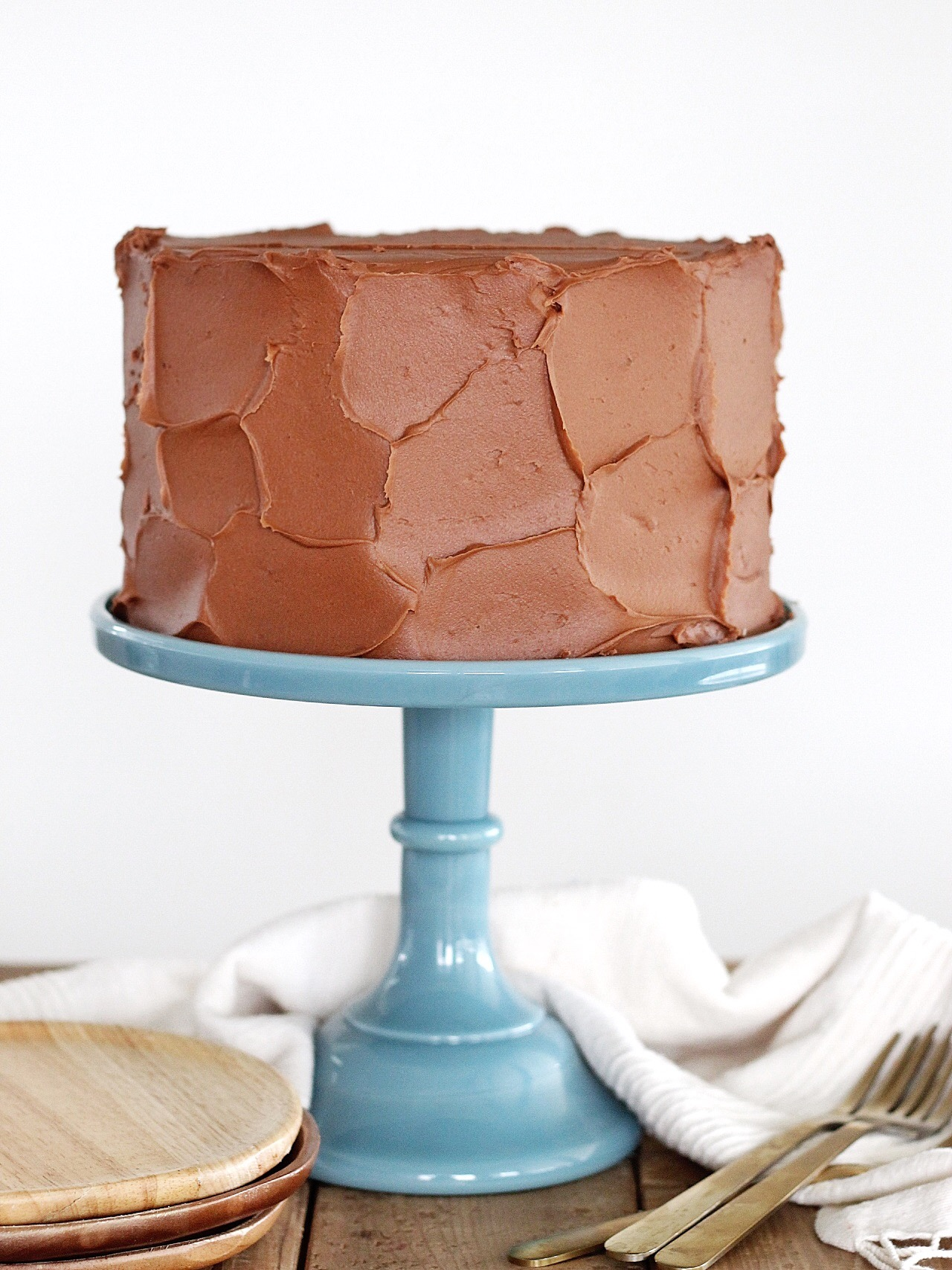 Peanut Butter Cake with Chocolate Buttercream #cakebycourtney #peanutbuttercake #chocolatebuttercream #easychocolatebuttercream #easycakerecipe #besteverbuttercream #cake #cakerecipe