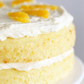 Florida Orange Flower Cake: a classic cake from the early 1900's gets a little face lift to bring it into the 21st century. #orangecake #cakebycourtney #floridaorangecake #flowercake #cake #easycake #vintagecake