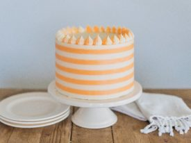 Creamsicle Cake: orange cream cake layers, filling and buttercream #cakebycourtney #cake #creamsiclecake #creamsicle #orangecreamcake #cakerecipe #summercakerecipe