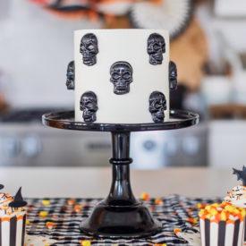 3 Fun and Easy Halloween Cakes #halloweencakes #easyhalloweencakes #halloweendessert #halloweentreats #halloweencakeideas #halloweenideas #candycorncake #skullcake #ghostcake #cakebycourtney