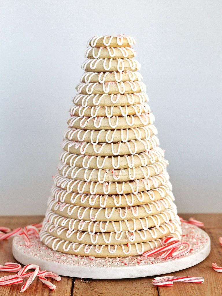 Christmas Kransekake | Cake by Courtney