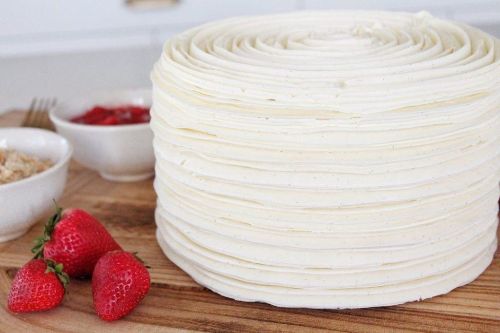 Strawberry Rhubarb Fruit Filled Cake