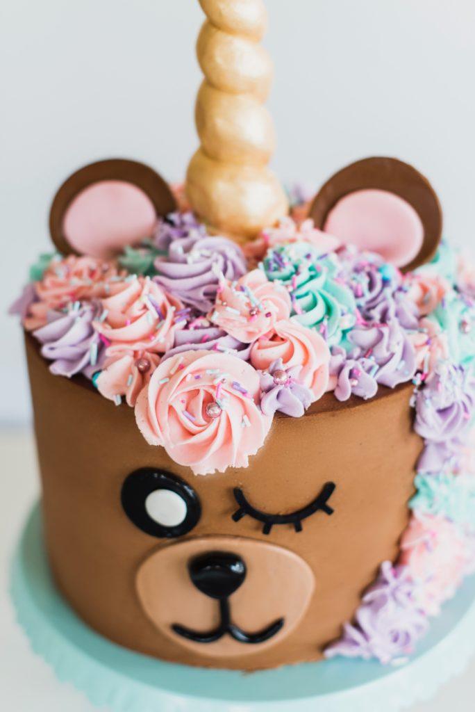 Bear Unicorn Cake #animalcake #buttercream #animalbirthdaycake