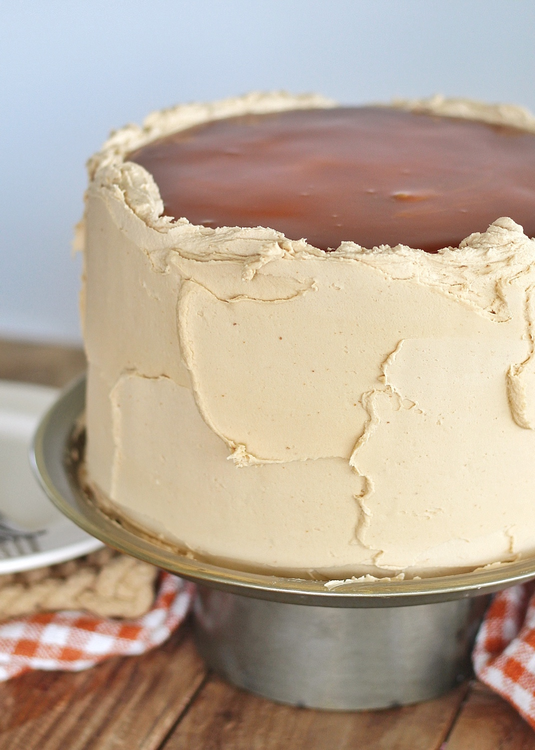 Caramel Apple Cheesecake Cake